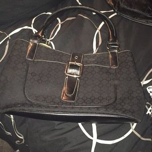 Nine West black purse with silver hardware